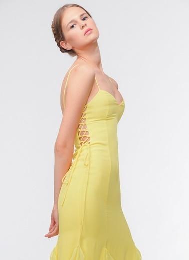 Davet Çok Elbisem Yok Elbise Sarı